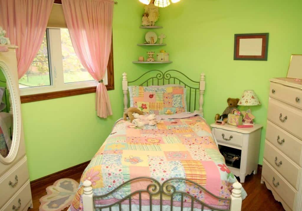 Girls-room-ideas-2017-girls-room-décor- kids-bedroom-décor-18