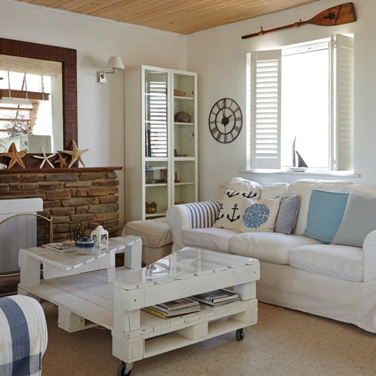 Living room decorating ideas in nautical decor - Decor and interior living room design ...