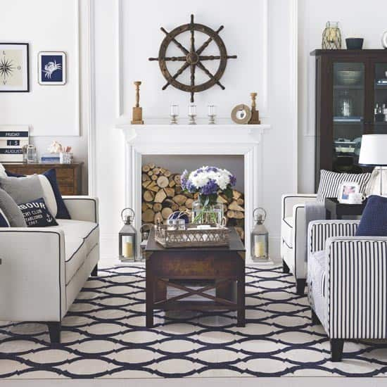 Living-room-decorating-ideas-nautical-wall-décor-beach-theme-décor-2
