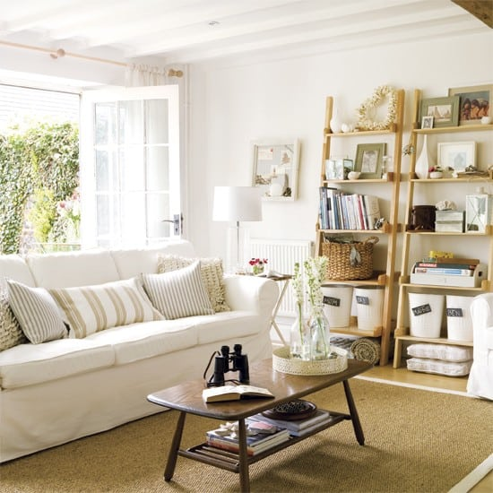 Living-room-decorating-ideas-nautical-wall-décor-beach-theme-décor-3