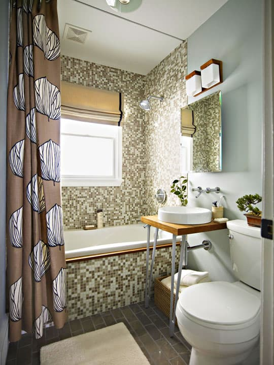 Plumbing-fixtures-and-sanitary-ware-in-small-bathroom-4
