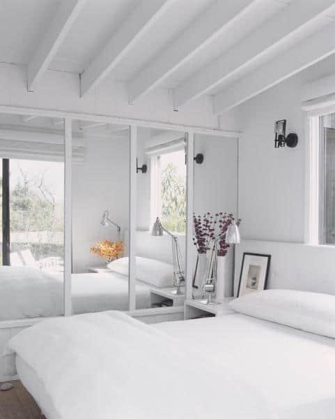 Small-bedroom-ideas-2017-classic-bedroom-design-5