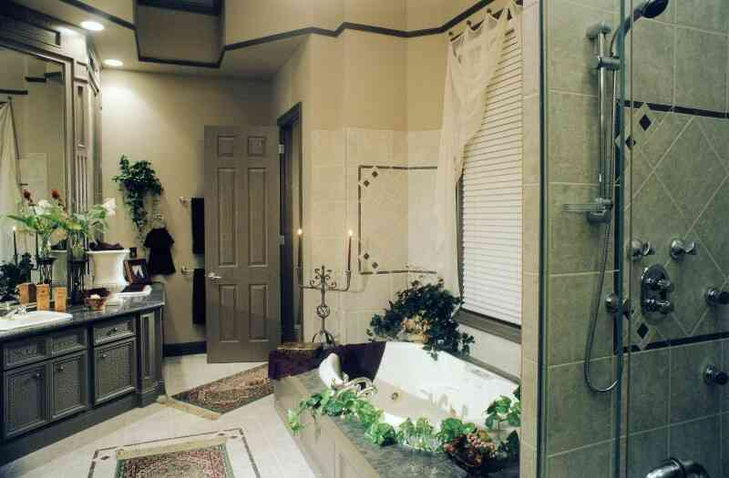 modern-bathroom-design-practicality-and-convenience-bathroom-design-ideas-bathroom-decorating-ideas