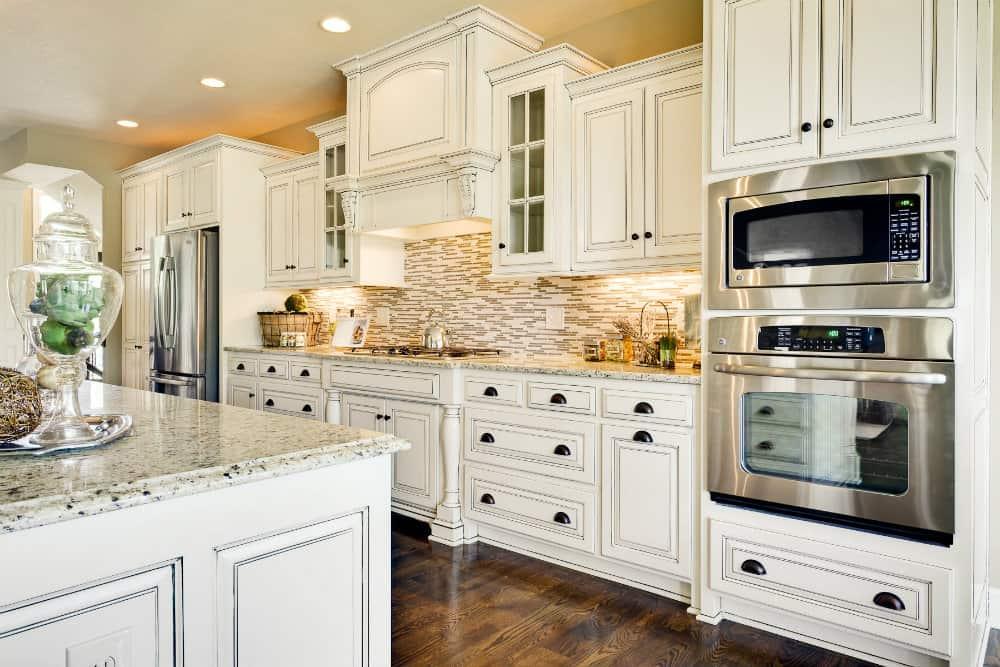 white-kitchen-ideas-white-kitchen-designs-kitchen-design-ideas-101
