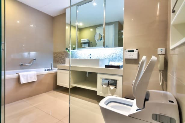 bathroom-decorating-ideas-high-tech-bathroom-modern-bathroom-modern-bathroom-design-1