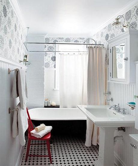 Bathroom design ideas white bathroom for Red white and blue bathroom accessories