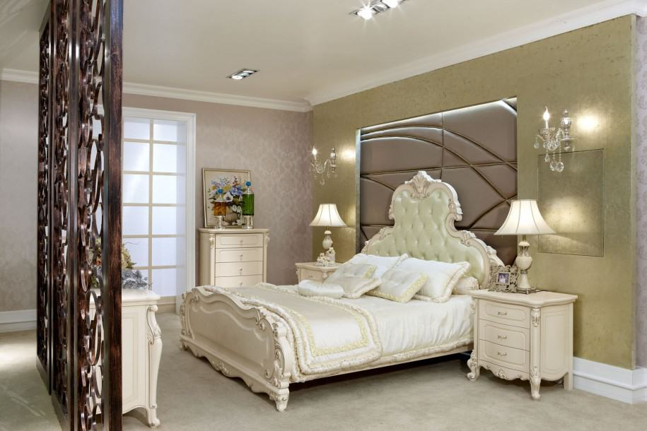 Bedroom decorating ideas french style bedroom for Bed decoration with net