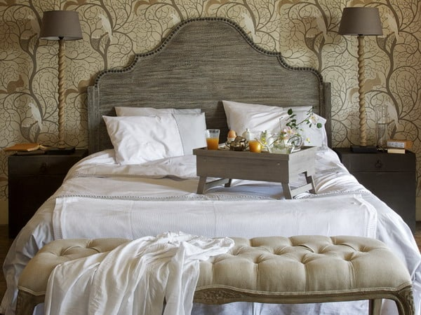 Bedroom-decorating-ideas-French-style-bedroom-bedroom-decorating-ideas