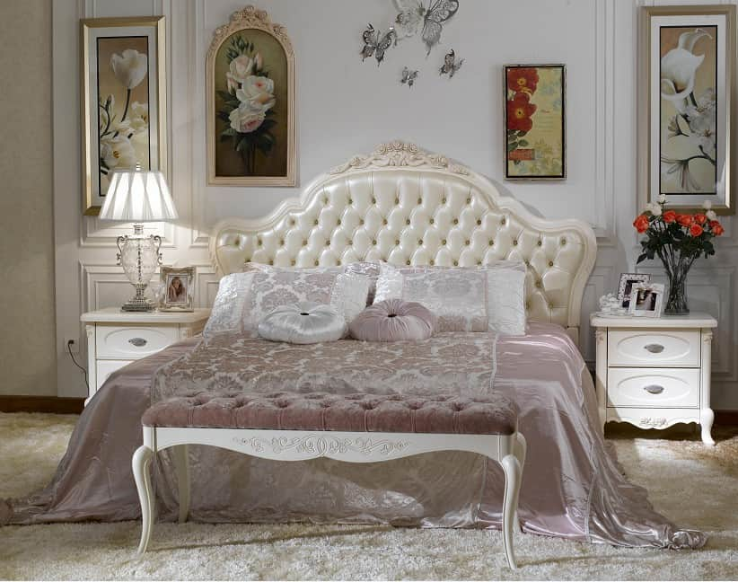 Bedroom decorating ideas french style bedroom for Bed styles images