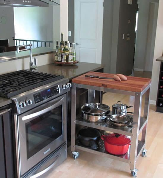 small-kitchen-how-to-visually-enlarge-space-kitchen-decorating-ideas-kitchen-remodel-6