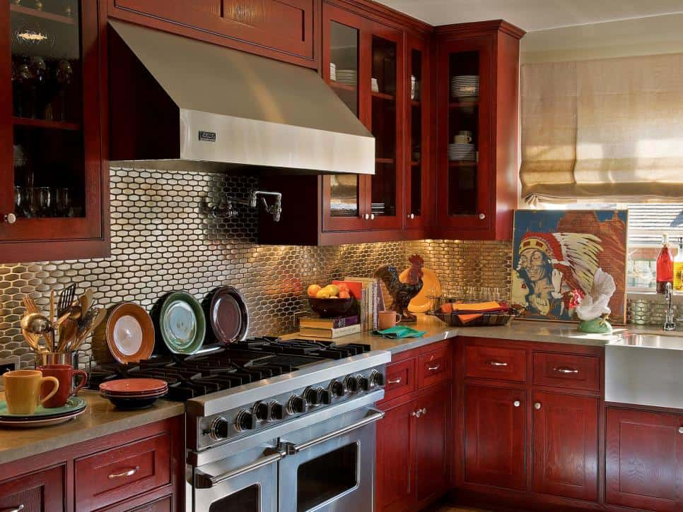 small-kitchen-ideas-design-and-technical-features-small-kitchen-design-kitchen-light-fixtures-4