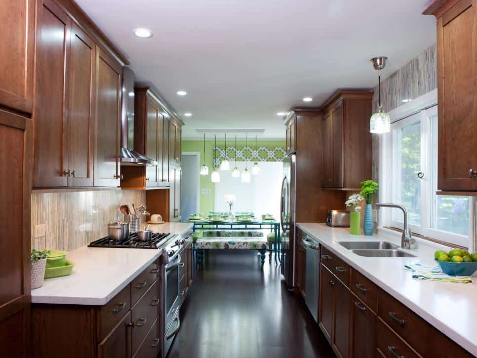 Small kitchen ideas design and technical features house for Kitchen designs for small houses