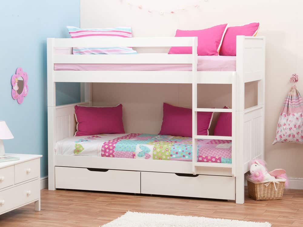 Kids bedroom ideas lighting and beds for kids - Bed for girls room ...