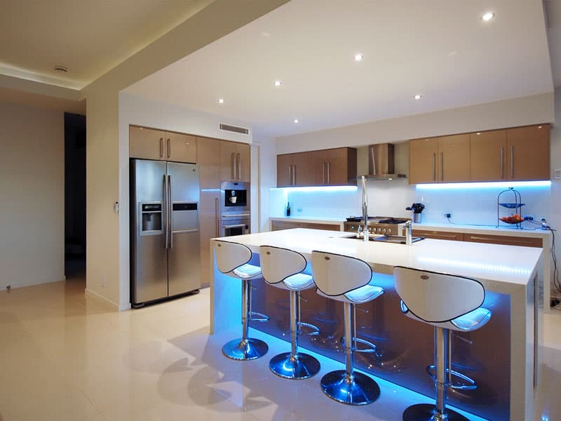 LED-lights-in-kitchen-design-Kitchen-design-ideas-Turquoise-kitchen-kitchen-decor-modern-kitchen-design