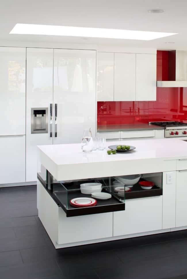 Red kitchen decor kitchen design ideas red kitchen for Kitchen ideas red accessories