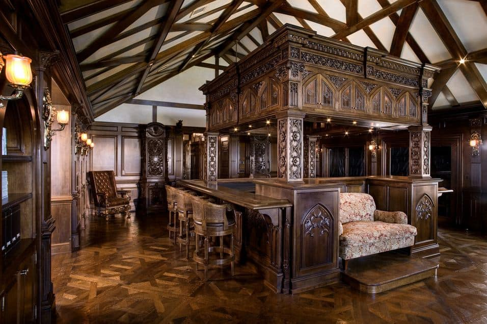 Interior design trends 2017 gothic living room for Medieval living room furniture