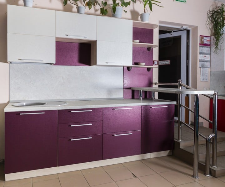Interior Design Trends 2017: Purple Kitchen