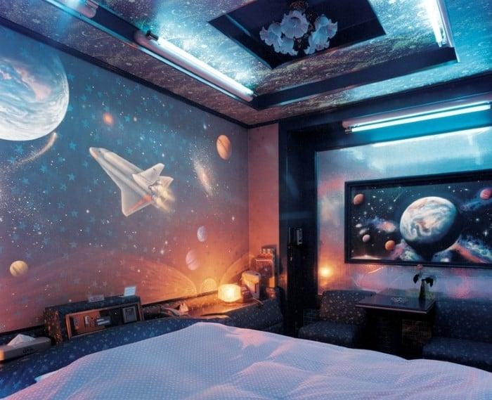 Space-decor-space-bedroom-decor-bedroom-design-ideas-interior-design-trends-2017-modern-bedroom