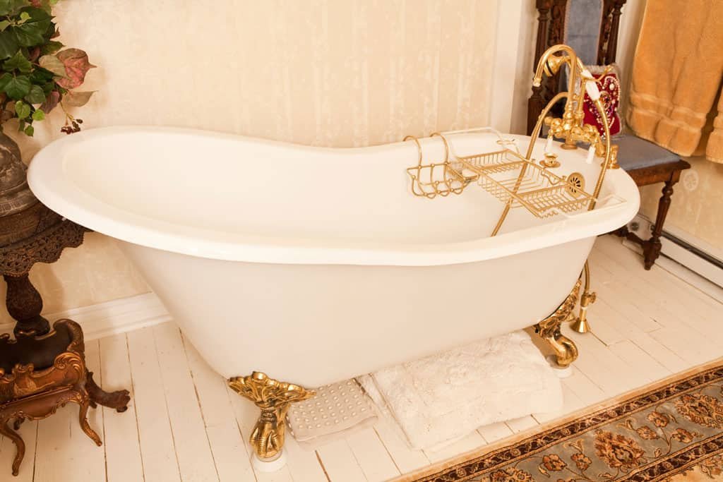 Victorian-bathroom-bathroom-ideas-modern-bathroom-design-interior-design-2017-home-decor-trends-2017