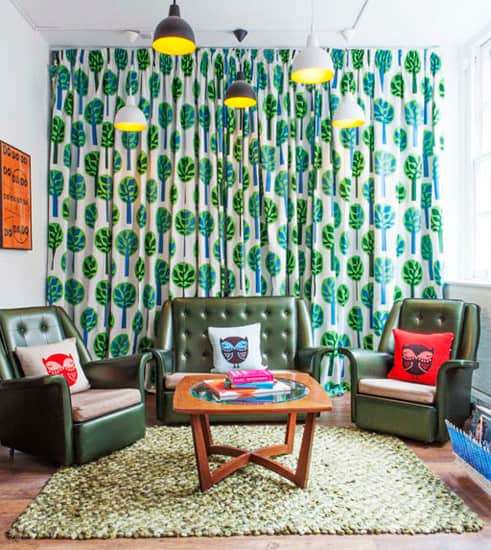 Retro-living-room-Vintage-decor-modern-living-room-interior-design-trends-2017-decorating-trends-2017