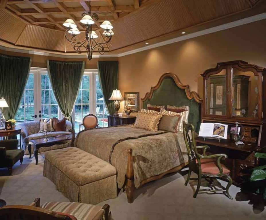 Decorating trends 2017 victorian bedroom - English style interior design rigor and comfort ...