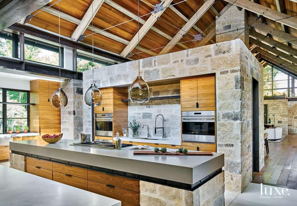 Modern interior 2019: Loft style