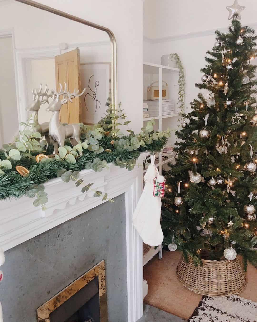 Christmas Decorations 2020 How To Create The Trendiest Fabulous Designs 25 Photos